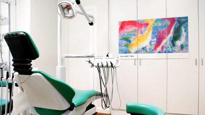 zahnarzt-hamburg-winterhude-behandlungszimmer-5